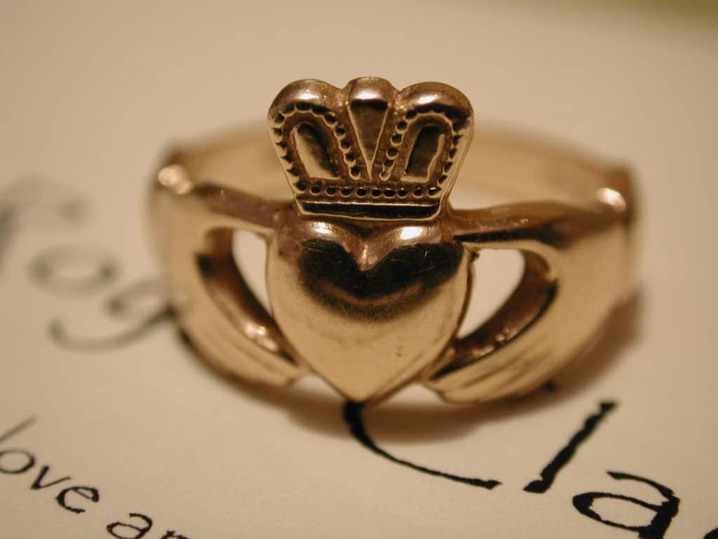The Claddagh Ring - Celtic symbols