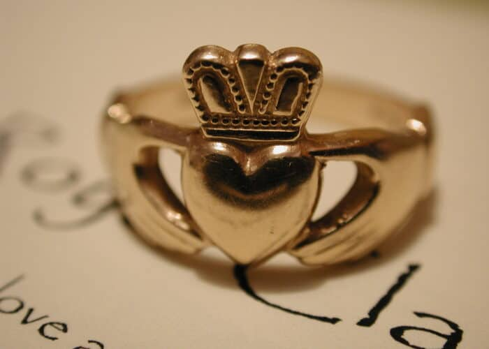 The Claddagh Ring - Celtic symbols