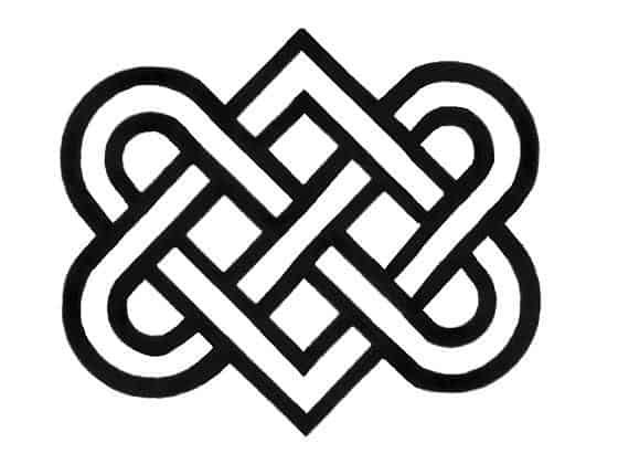 A Celtic knot The Celtic love knot resembles two interlocking hearts and usually sits within an oval shape.