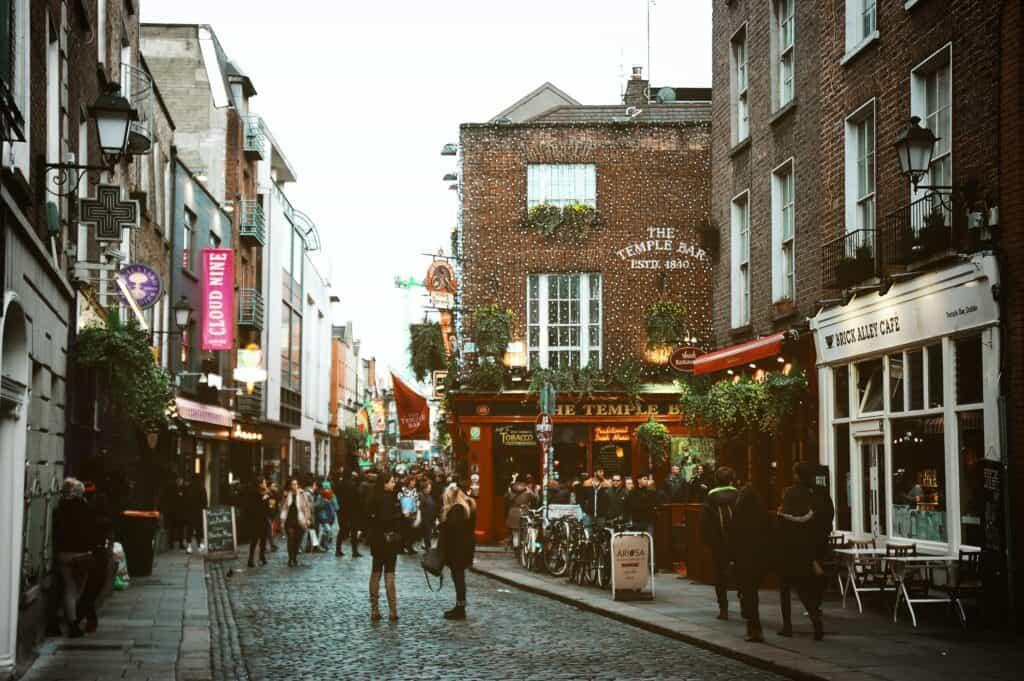 "Top Irish Poem: ""Dublin"" By Louis MacNeice"